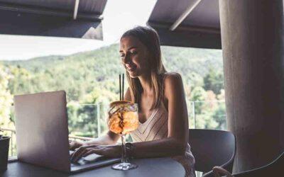 Llevá tus citas virtuales a otro nivel: hacé tu propio cocktail party en línea